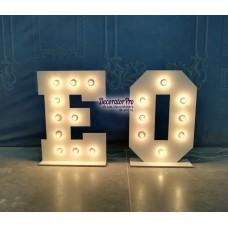 Буква с лампами (с основаниями)