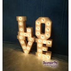 Слово LOVE с лампами (объемное двойное)